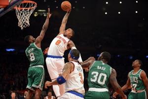 Knick slam dunk