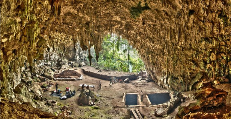 Hobbits lives on Flores Island for 700,000 yrs.